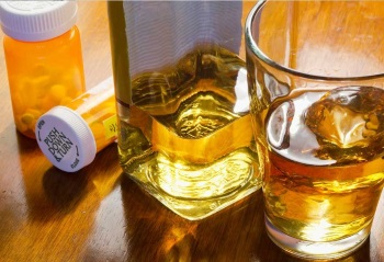 Alcohol and drugs--the topic of the Surgeon General's report